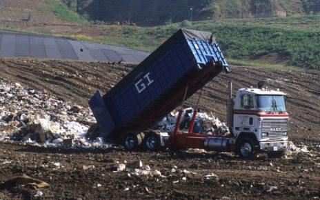 Gmina zapłaci za wywóz odpadów o 105% więcej!